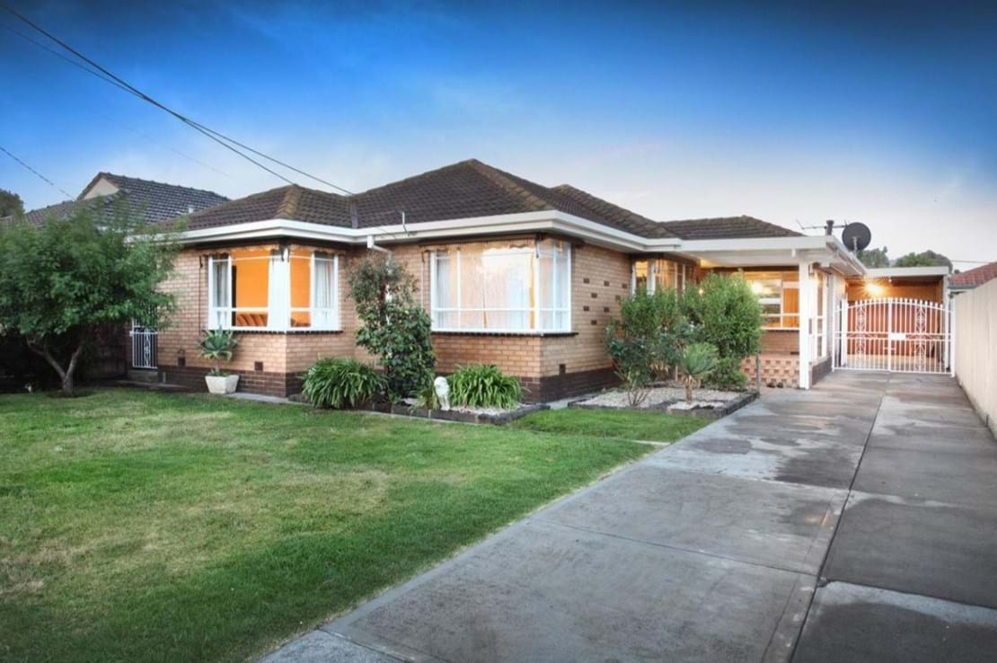 how to buy investment property in melbourne
