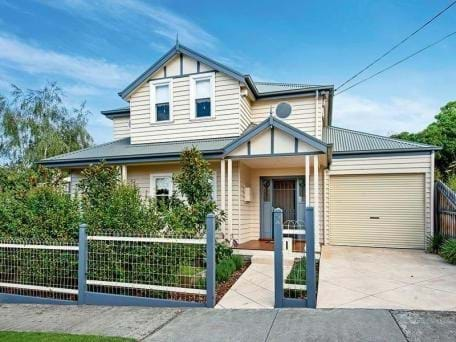 Property investment in Melbourne; Buyers Advocate; Buy property Ascot Vale